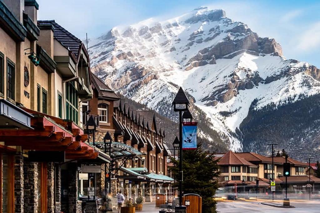 Banff Alberta Yarmoloy Group